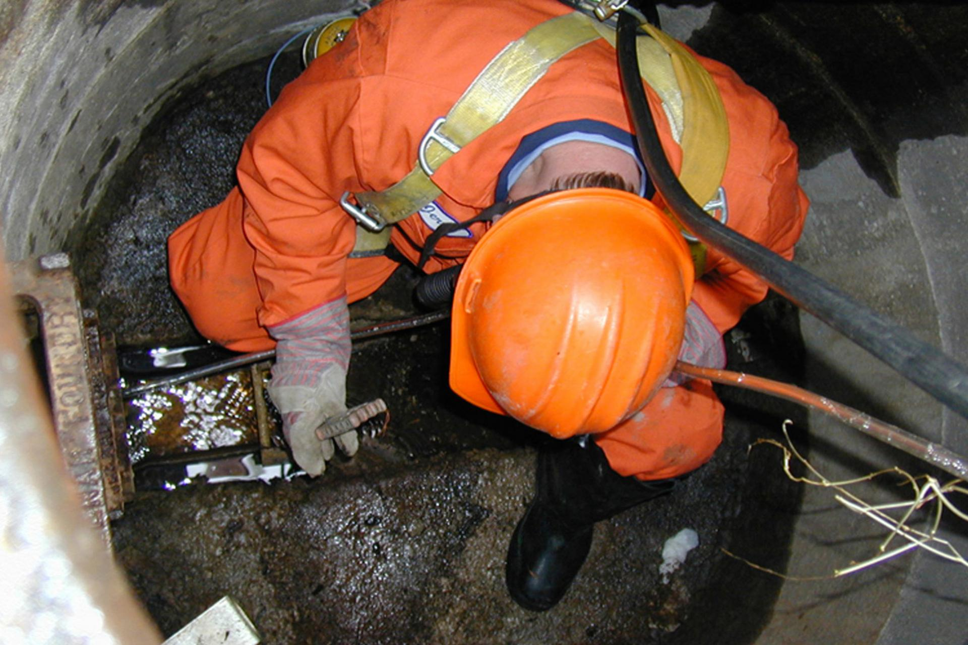 Confined space clean up